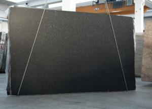 angola black deskovina satinato